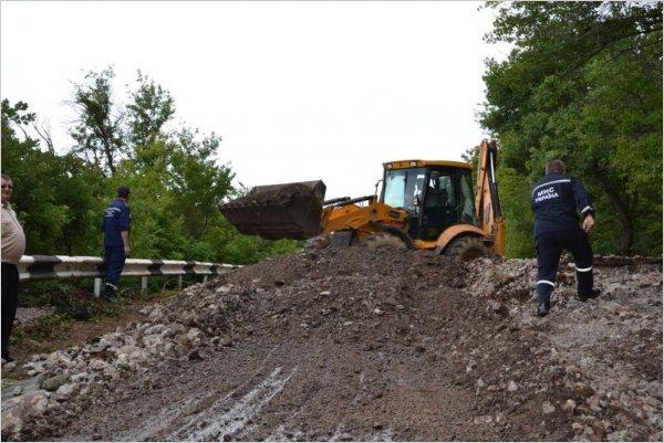 На трассу Ялта - Севастополь сошел сель. КрымФАН.